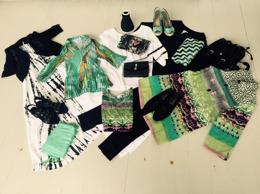 Weekend getaway packing outfit