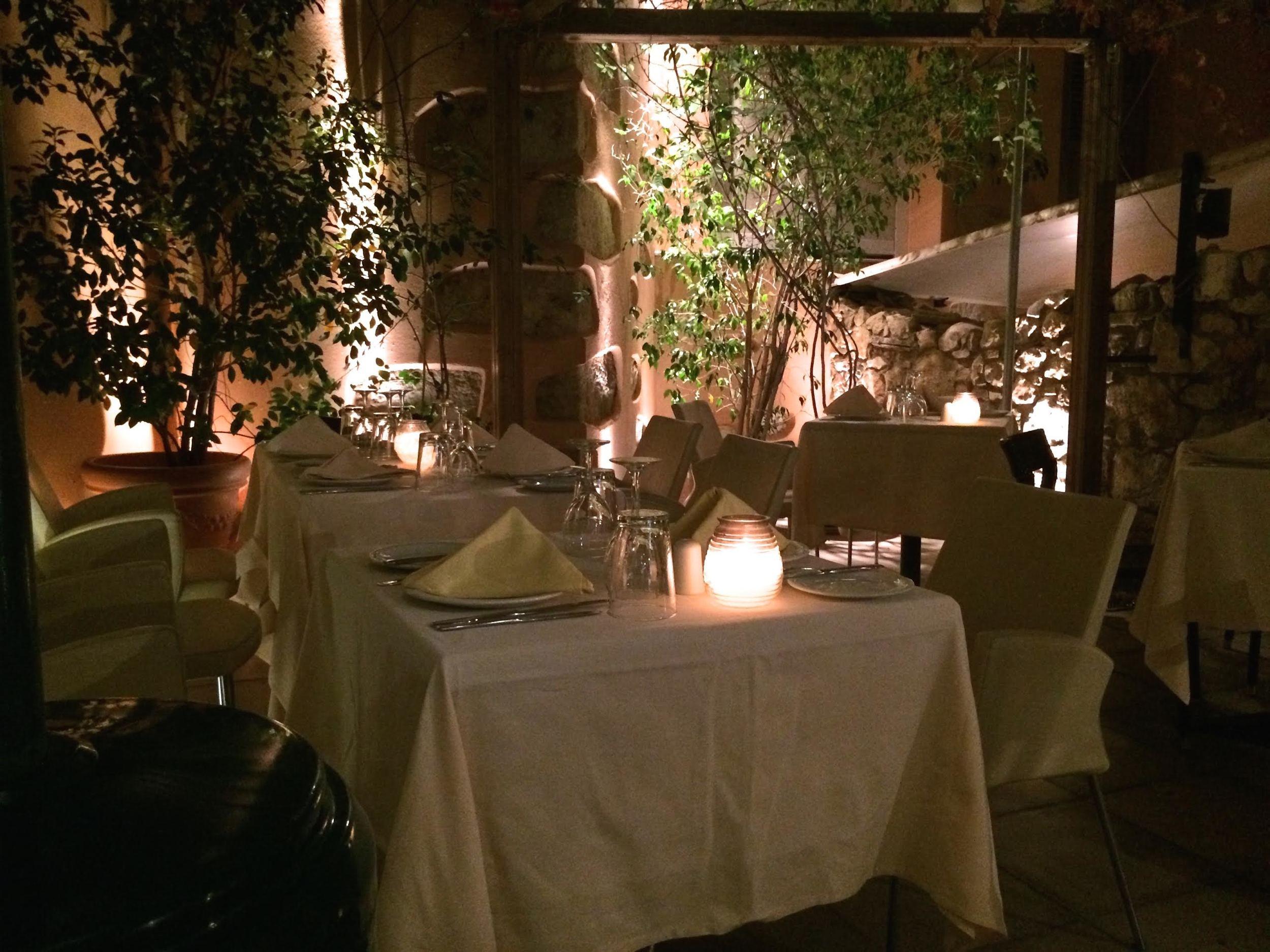 Taverna-photo-3-.jpg