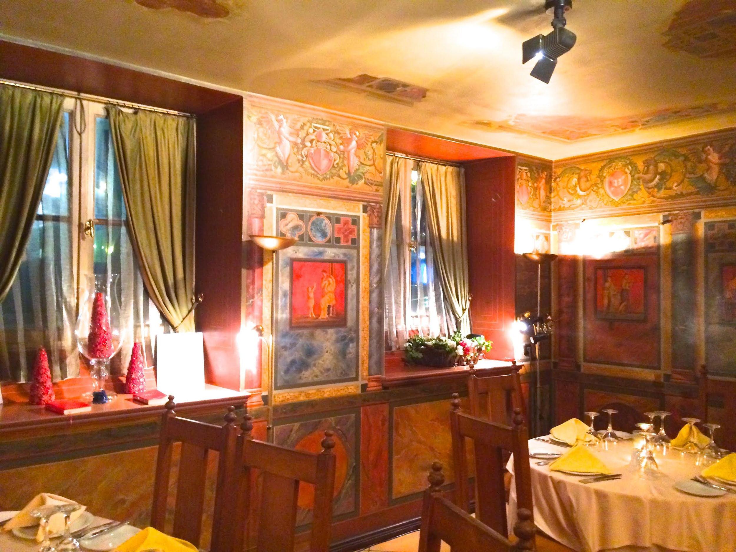 Taverna-photo-4.jpg