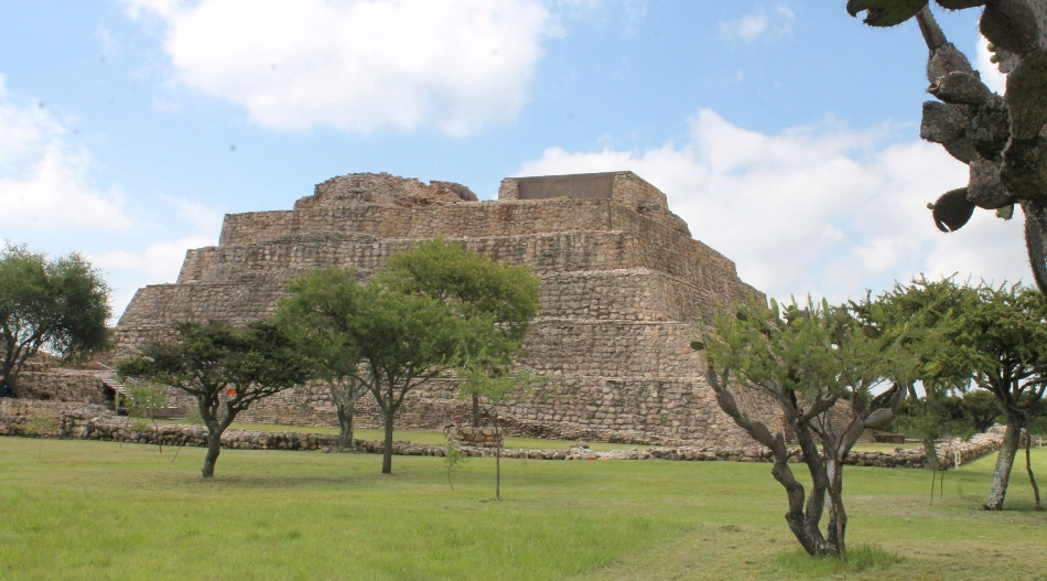 La Canada de la Virgen is an Otomi archaeological site that was first excavated in 1995.