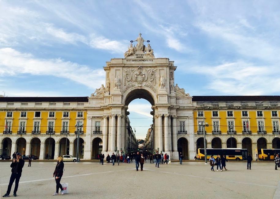 Lisbon Square 2.jpg