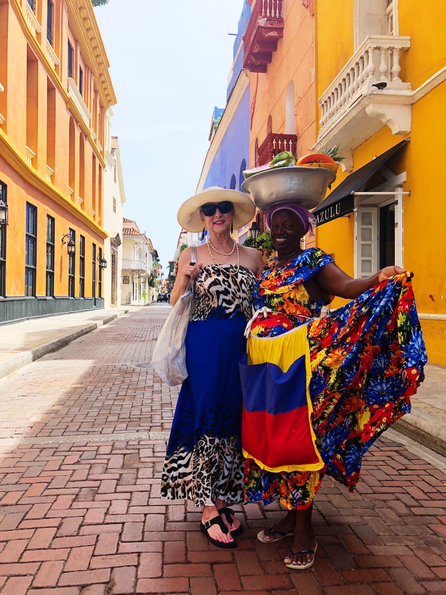 Astrid and a local Palenquera