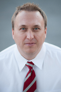 Adam Hjorth  Senior Consultant