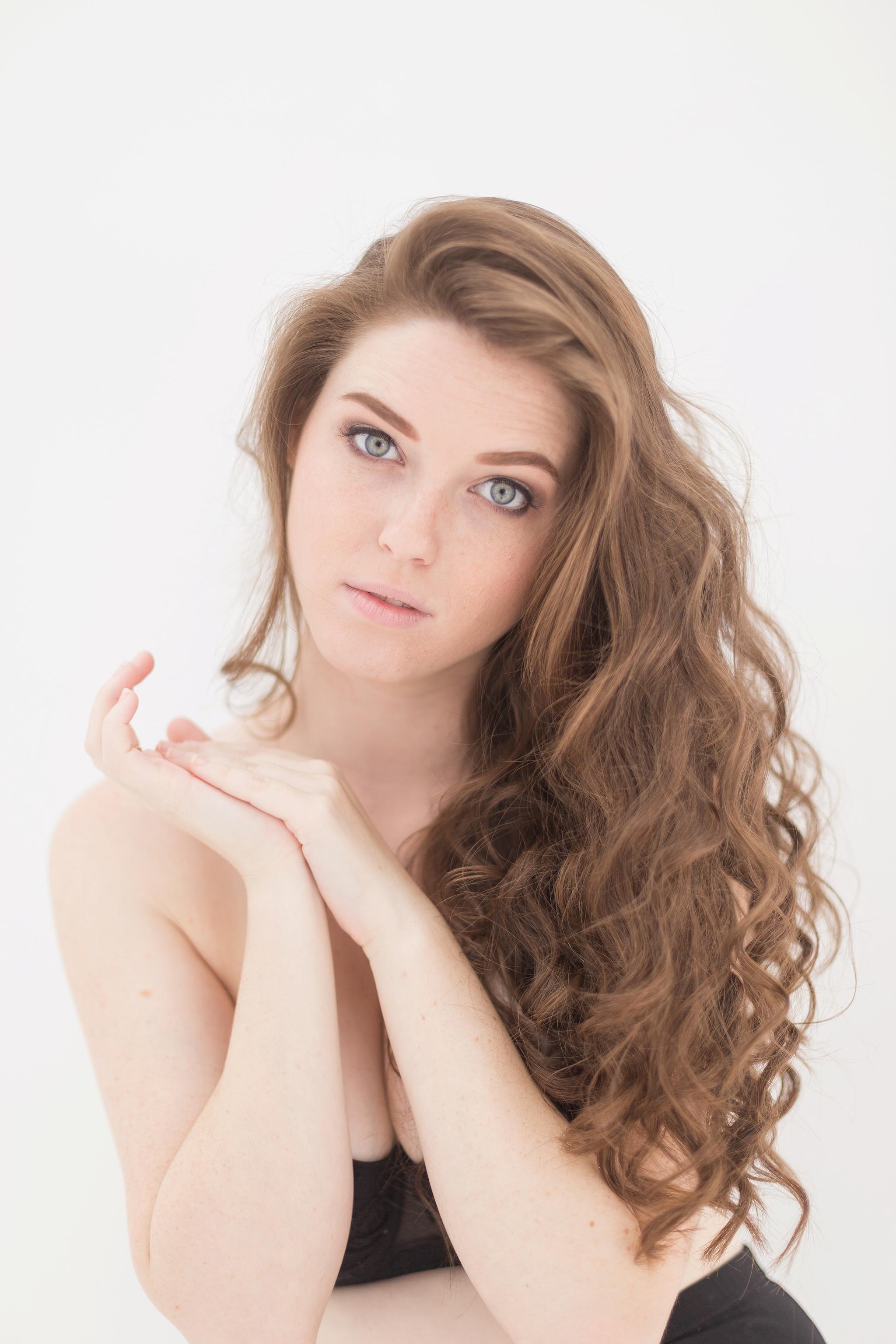 Amber-Nicole-Photography-Momni-fashion_0025.jpg