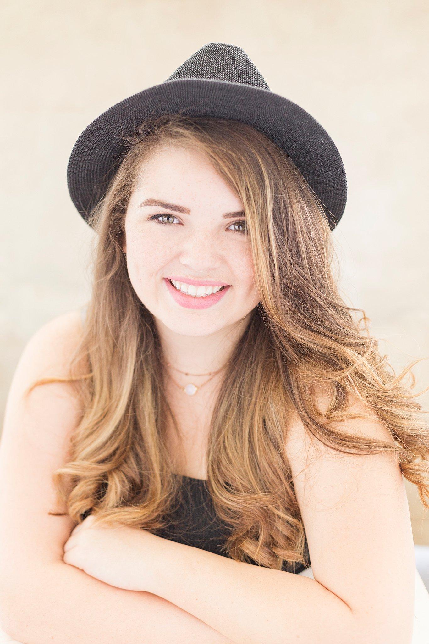 Amber Nicole Portrait_0270.jpg