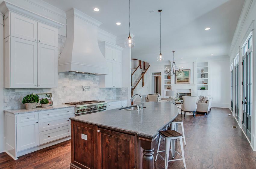 custom-built-kitchens-nashville-tennessee-high-end-development-chandelier-development-beautiful-kitchens-natural-light-thermador-appliances-reclaimed-wood-brick03.jpg