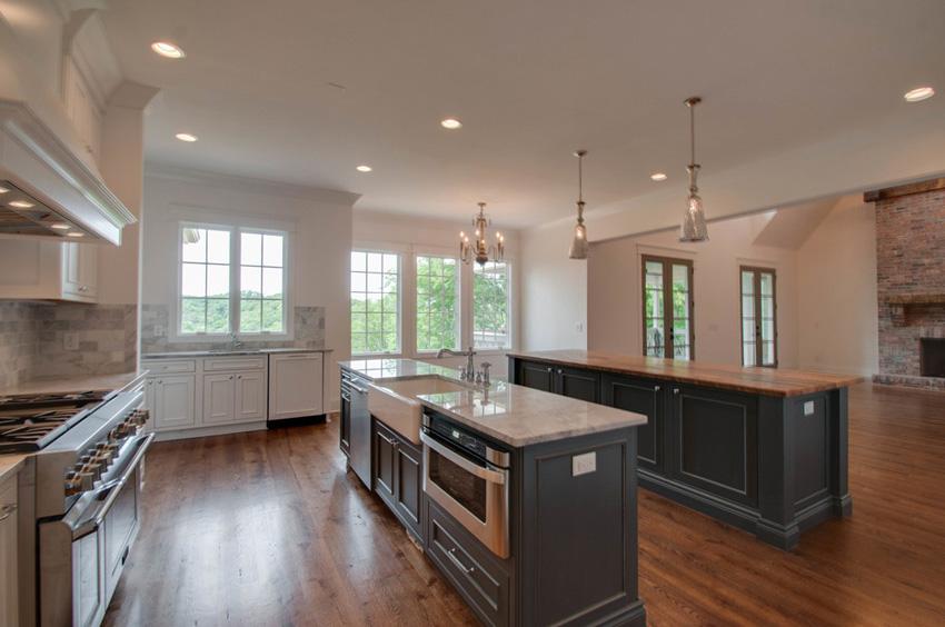 custom-built-kitchens-nashville-tennessee-high-end-development-chandelier-development-beautiful-kitchens-natural-light-thermador-appliances-reclaimed-wood-brick59.jpg