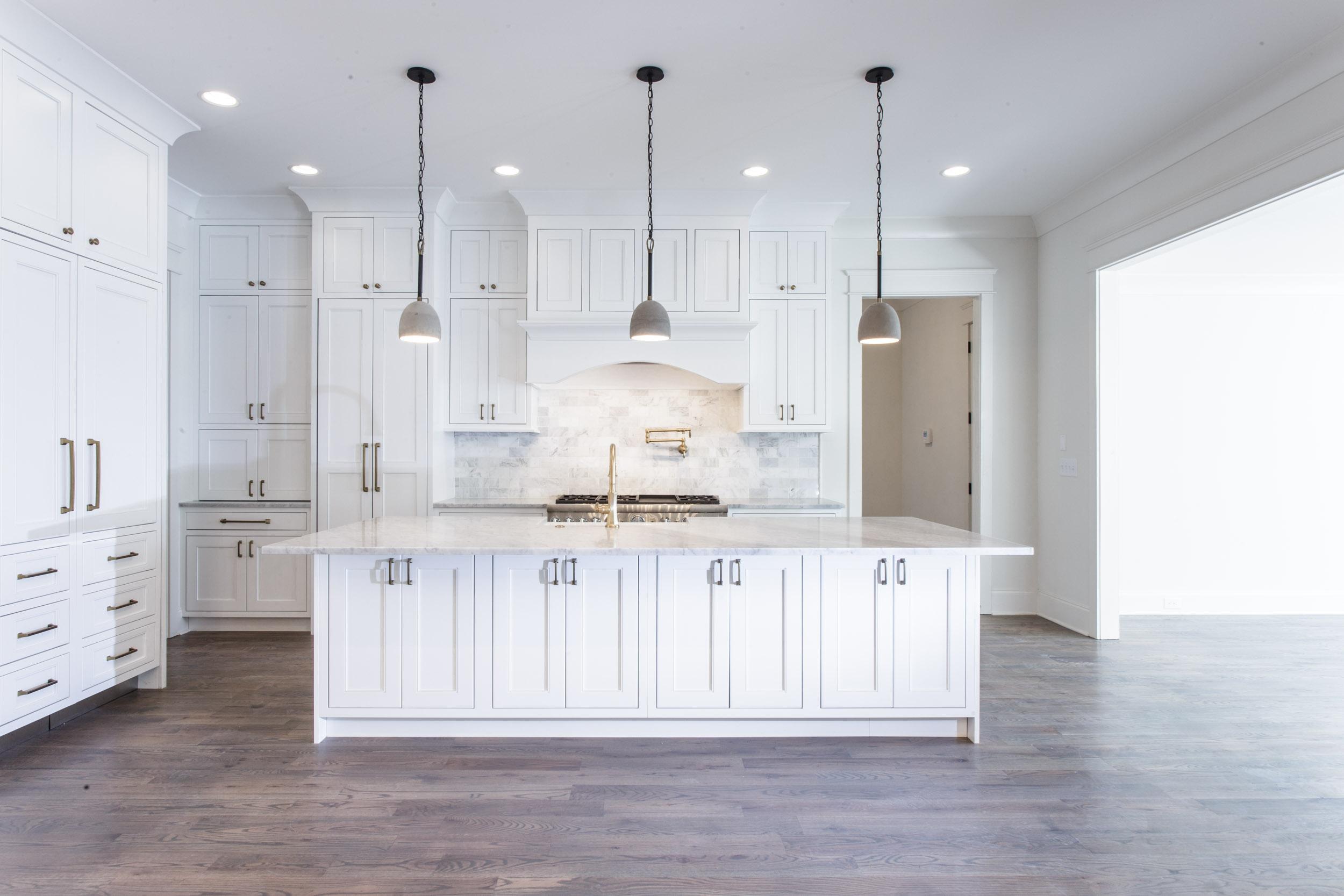 nashville-custom-home-belle-meade-real-estate-chandelier-development-4726.jpg