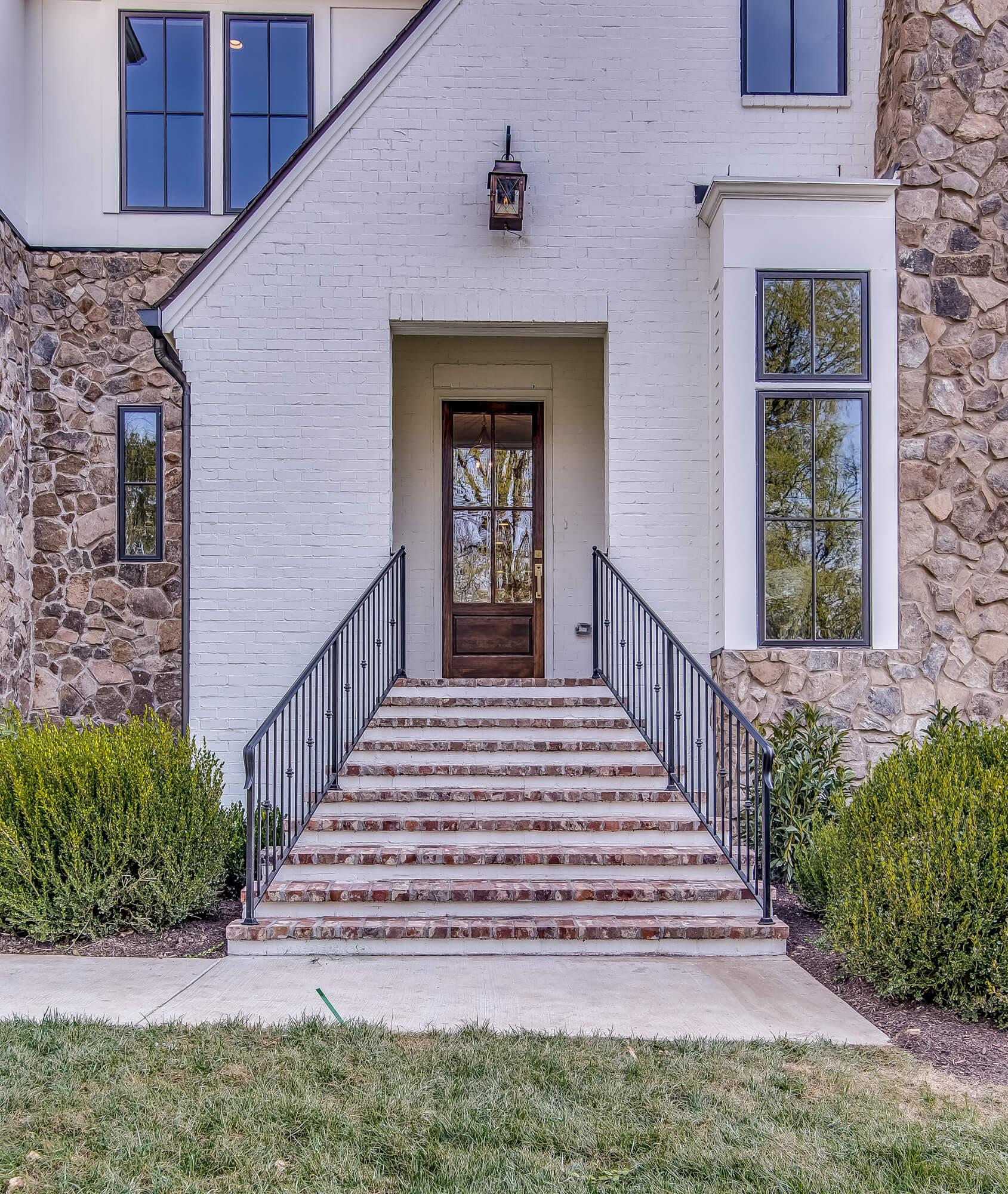 chandelier-development-nashville-tennessee-home-builder--5.jpg