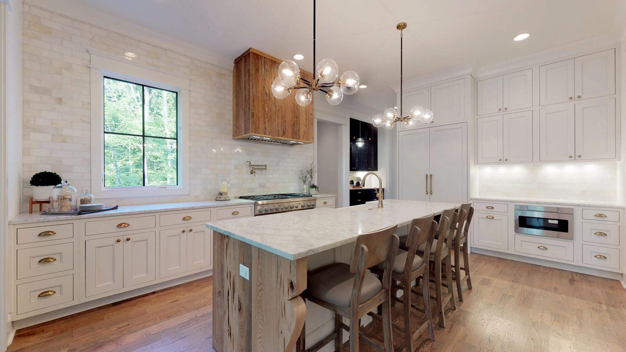 chandelier-development-avery-brentwood-tennessee-215757.jpg