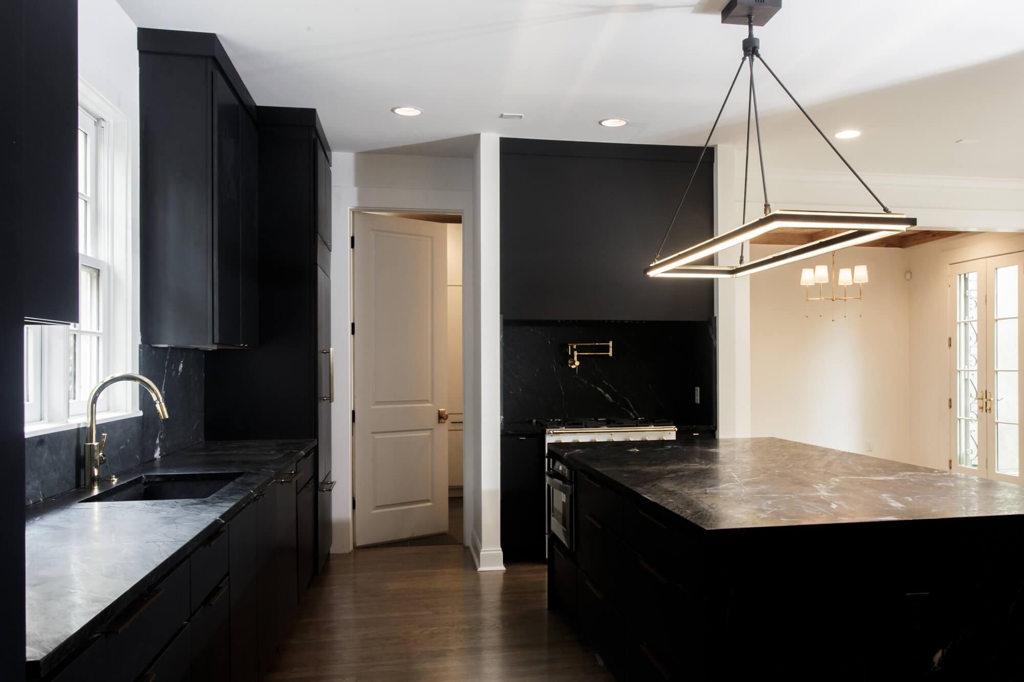 chandelier-development-tennessee-custom-home-builder-9.jpg