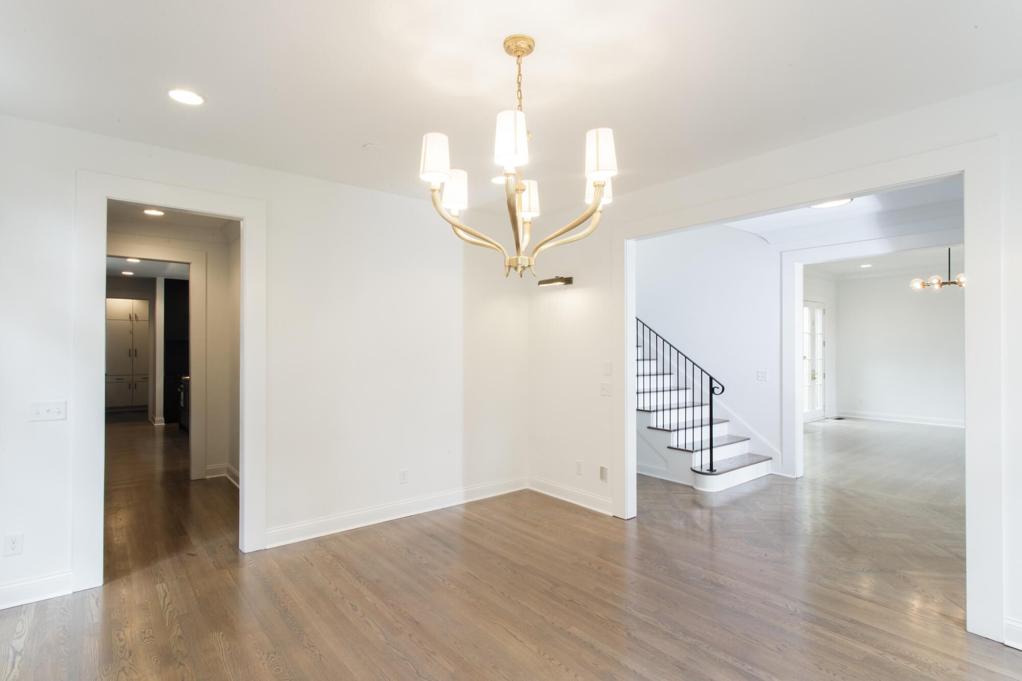 chandelier-development-tennessee-custom-home-builder-5.jpg