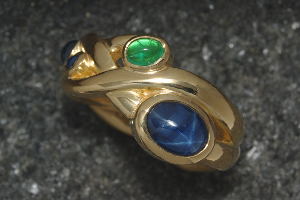WEB-Weddings-Engagment-22k Yellow Gold-Star Sapphire and Emerald-Year-Image 2968.jpg