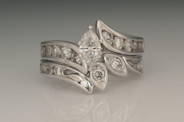 WEB Wedding Set 14kW with Diamonds2014 Image 9668.jpg