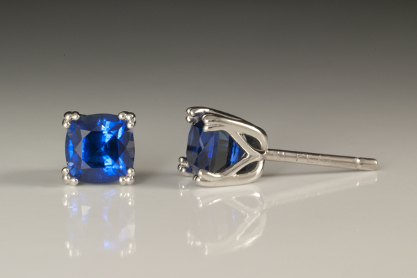WEB Sapphire earrings.jpg
