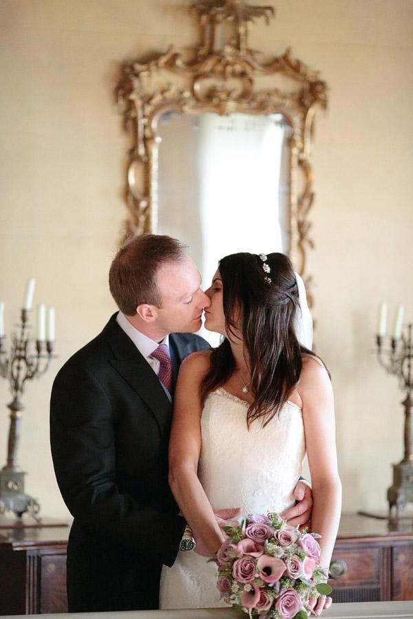 wedding photos Hampton Court House