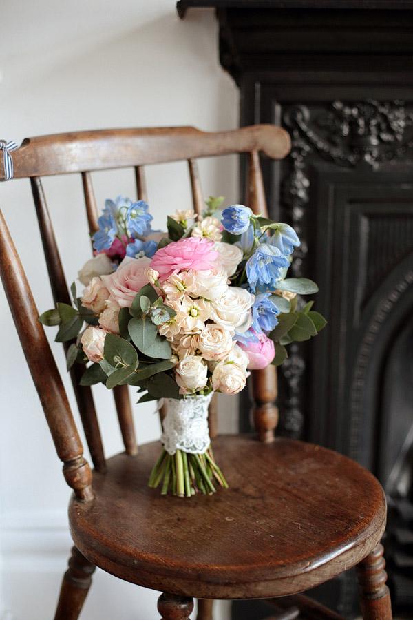 rustic-wedding-flowers.jpg
