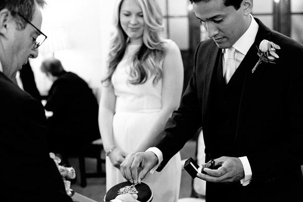 Chelsea-Town-Hall-wedding-photos.jpg