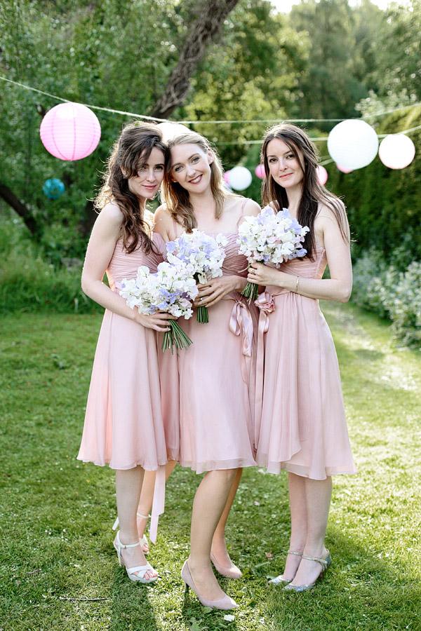 Surrey-wedding-photographer-bridesmaids.jpg