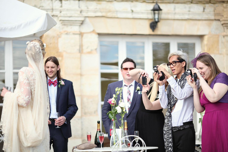 wedding photos chateau Lagorce.jpg