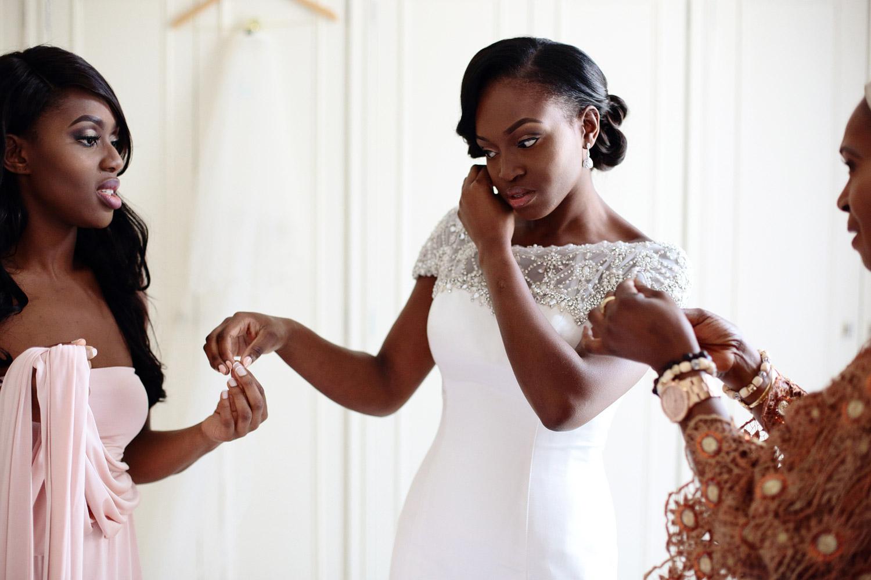 The Berkeley Hotel wedding bride getting ready