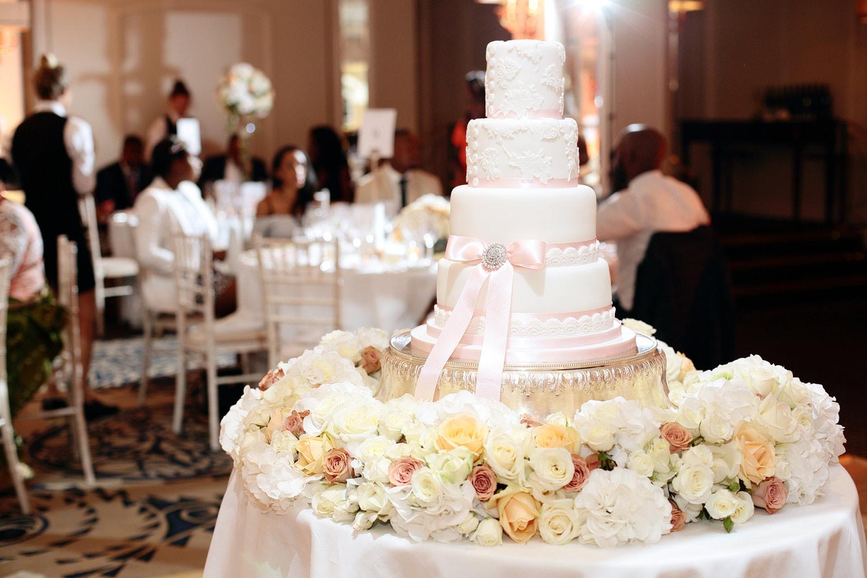 Luxury wedding cake in London by Melissa Woodland Cakes