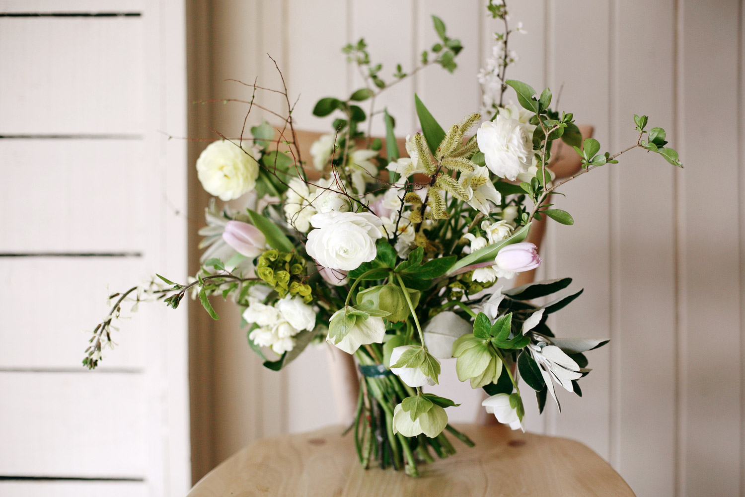 spring wedding flowers.jpg