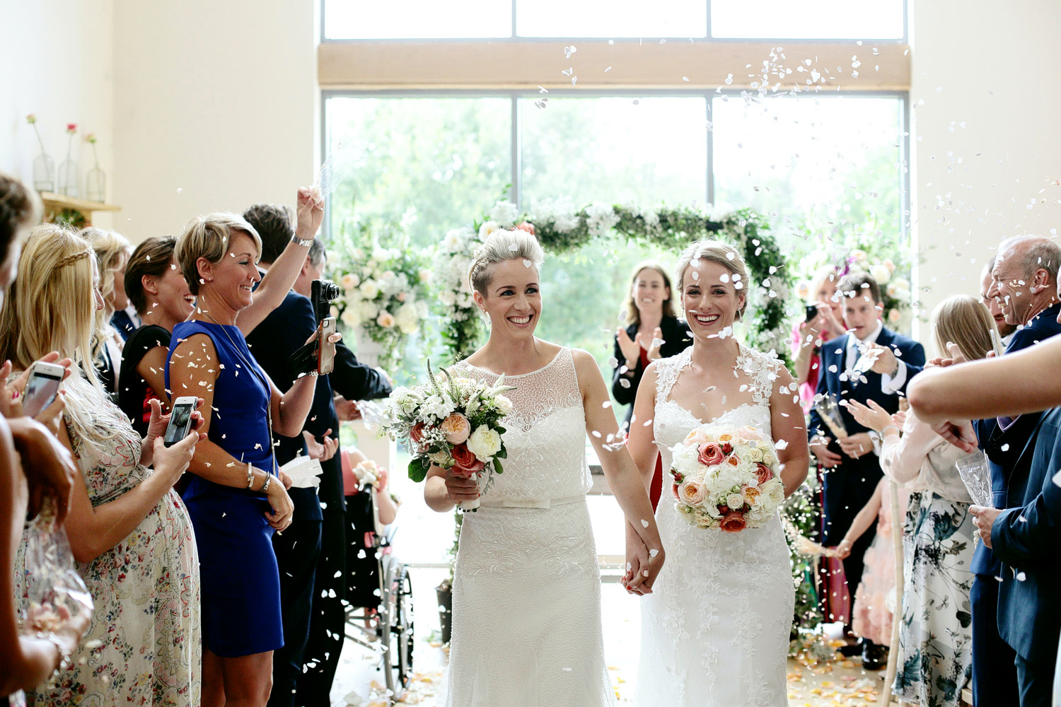 Millbridge Court wedding confetti photo
