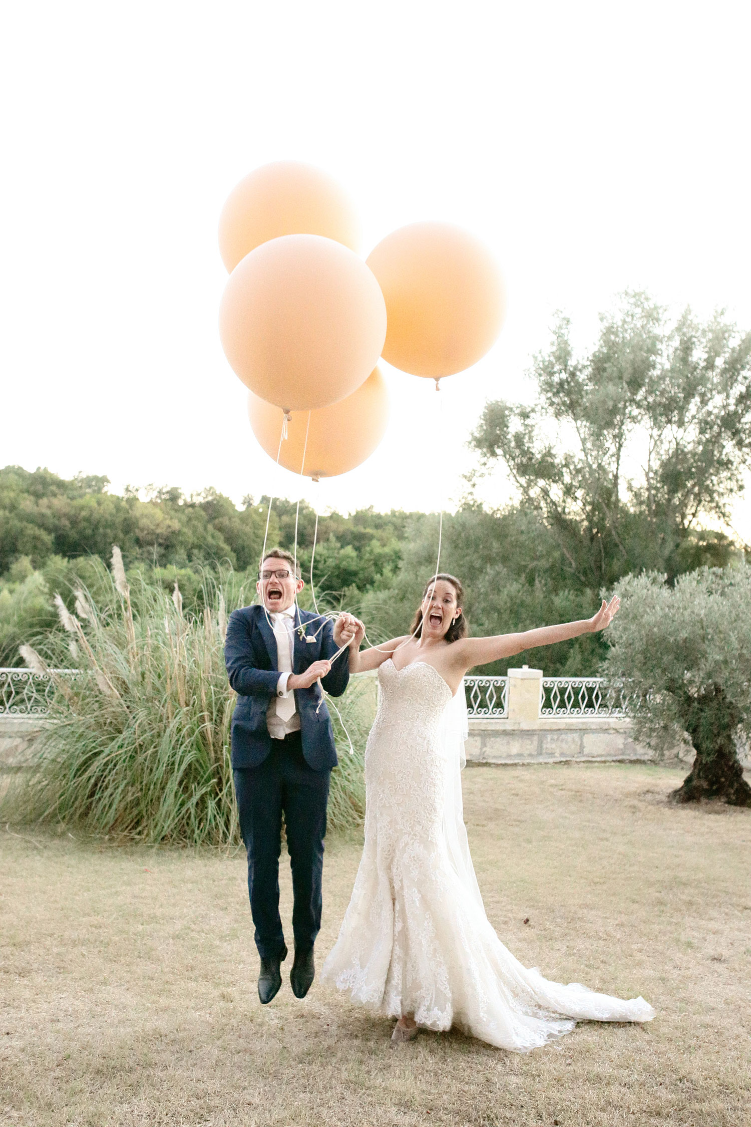 relaxed wedding photography Bordeaux France