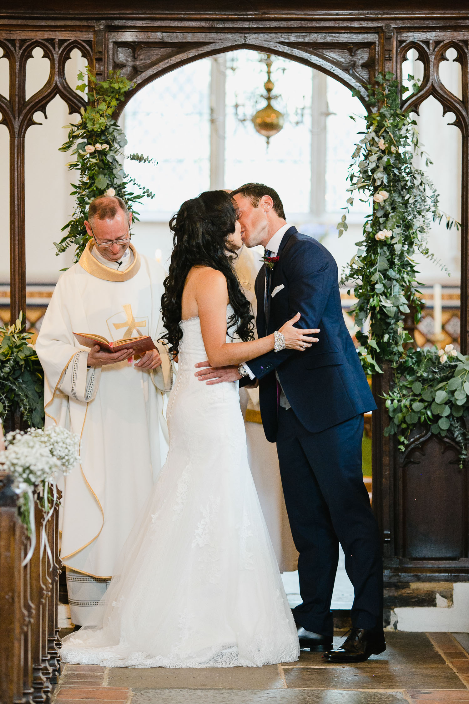 first kiss photo dorney court wedding