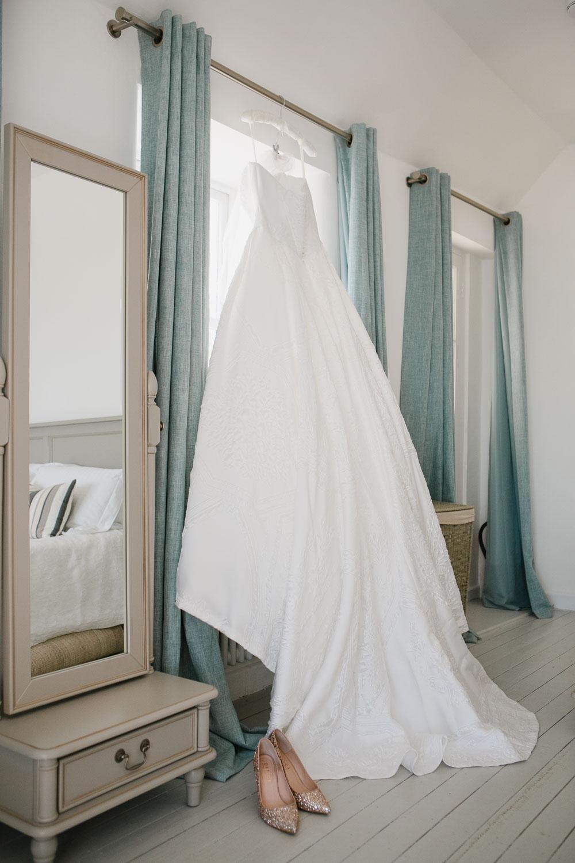 Suzanne Neville wedding gown
