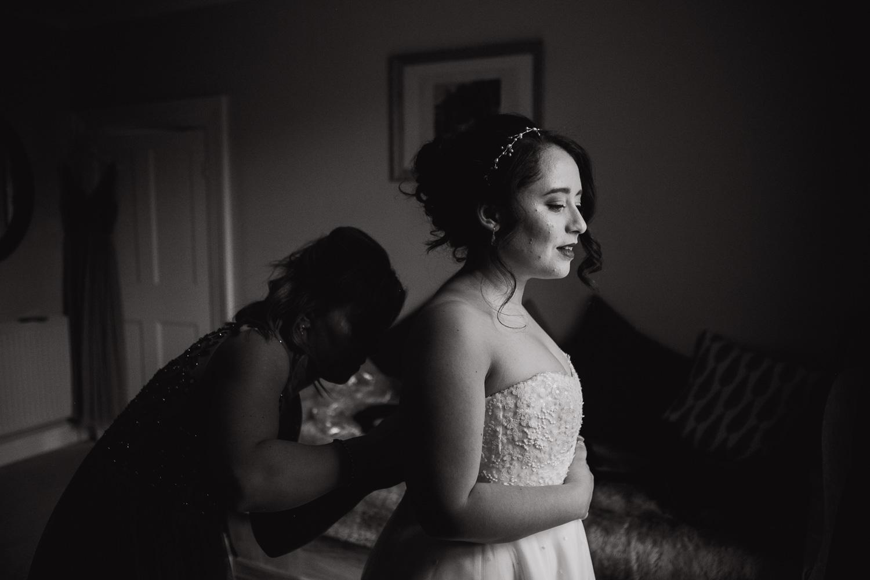 Cripps Barn Wedding Photos-7.jpg