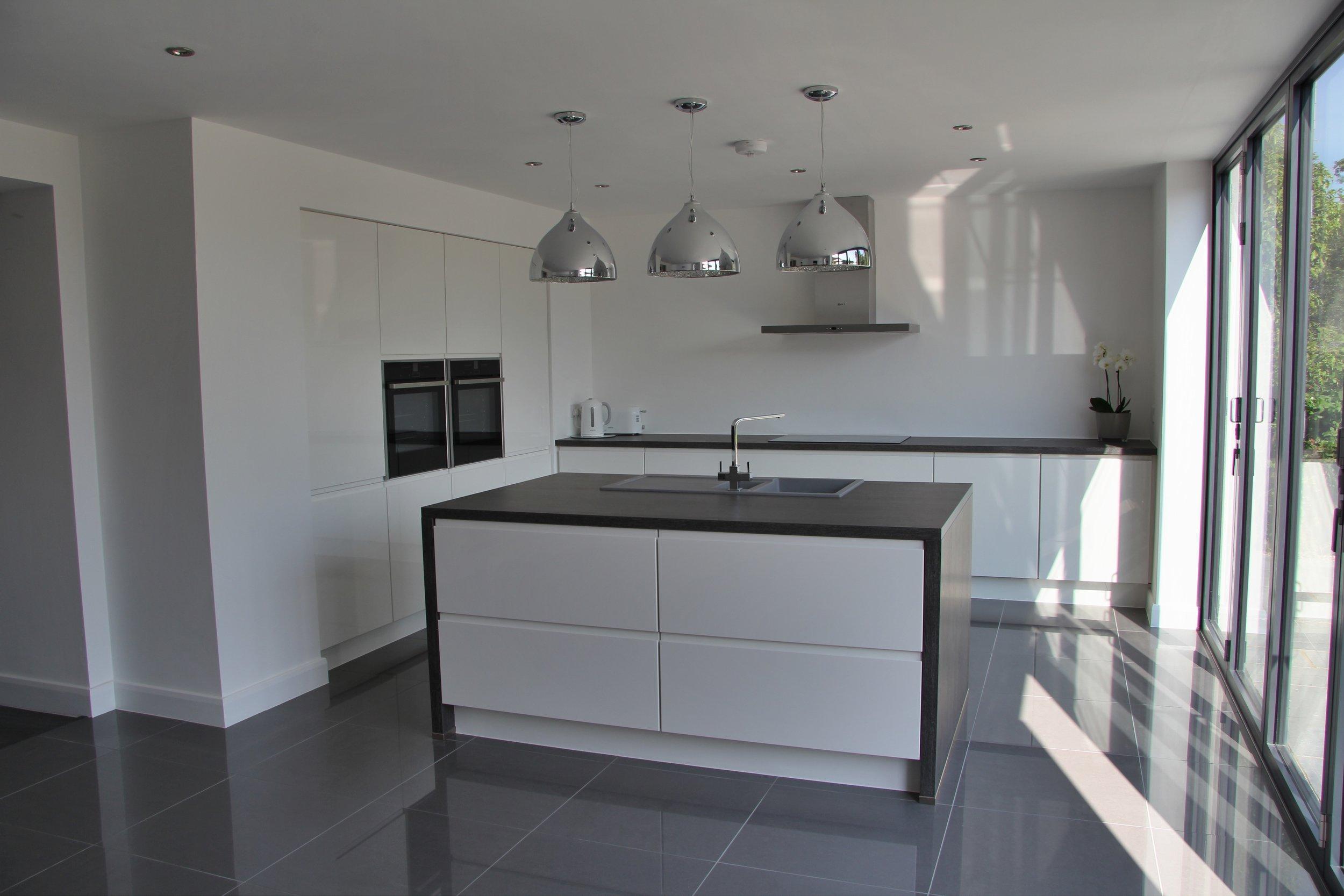 15107_kitchen_1.jpg