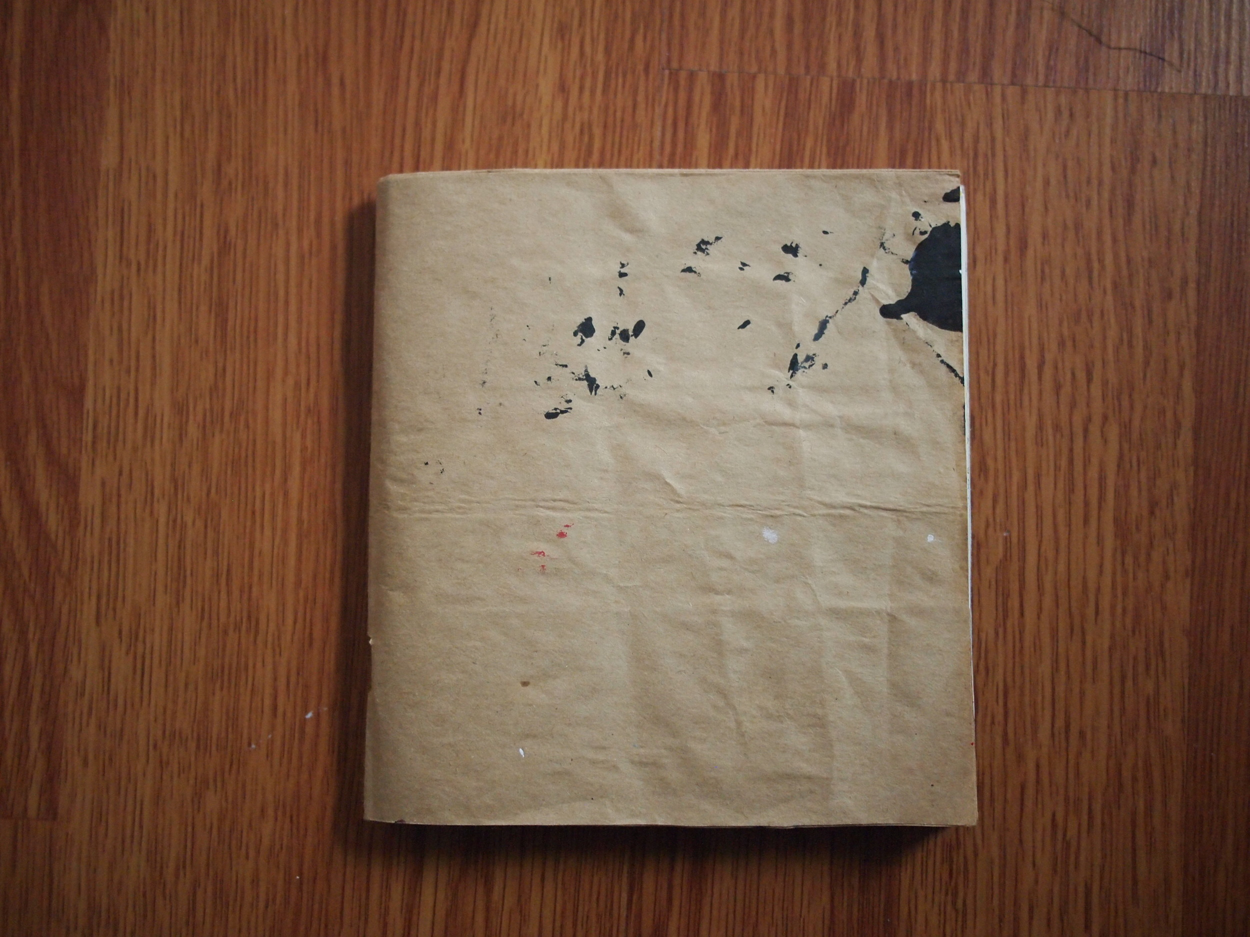 """Oregon, 5,5"""" square - recycled paper, staple binding, hand made"""