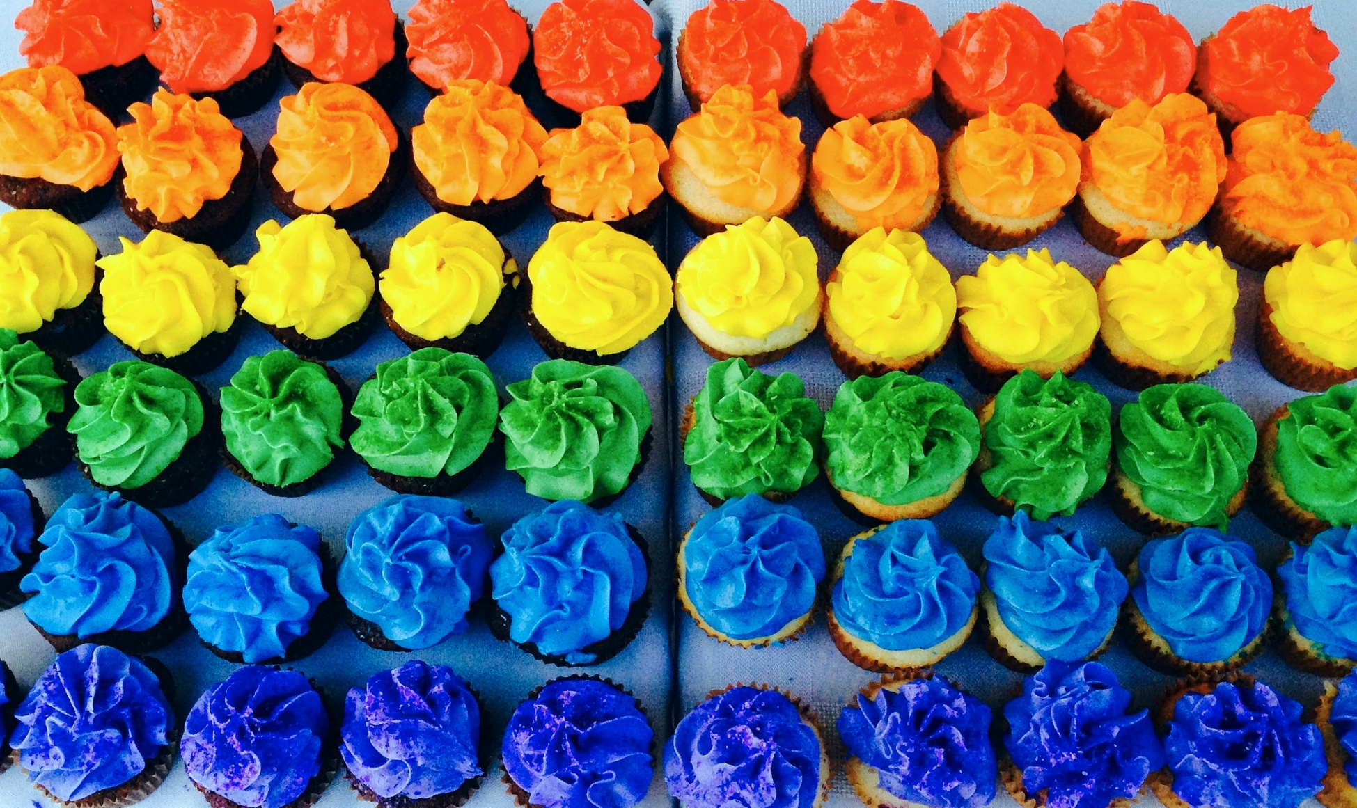 Rainbow cupcakes for the NWT Pride.