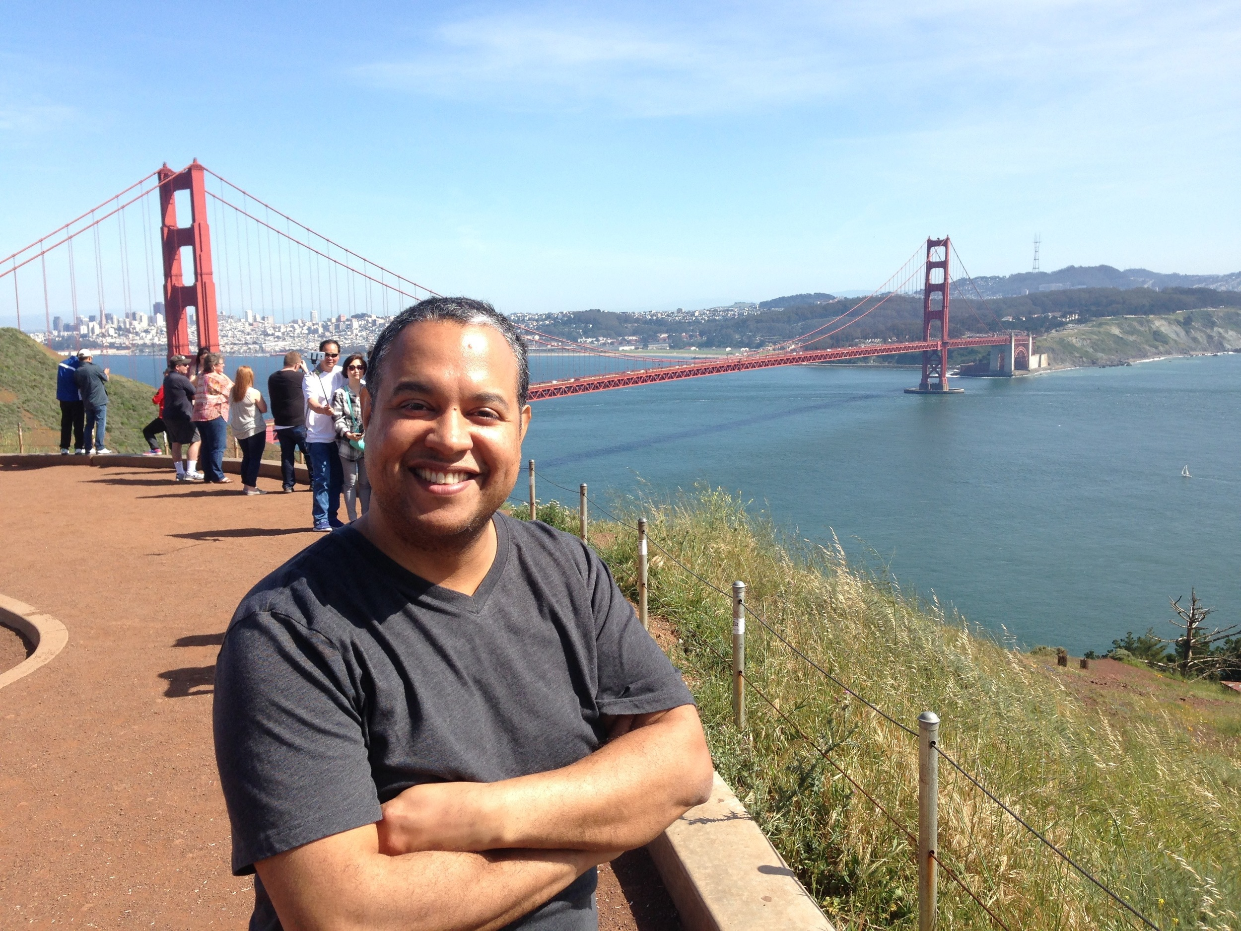 Ilmar enjoying the Bay Area as we chat about profiling him and his brother, Aldo, in Dos Hermanos / 2 Brothers.