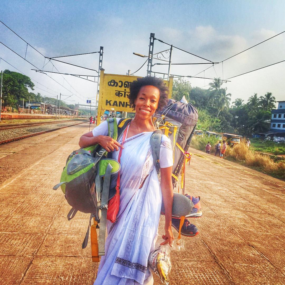 Female solo traveler in india, backpacking alone in india as a woman