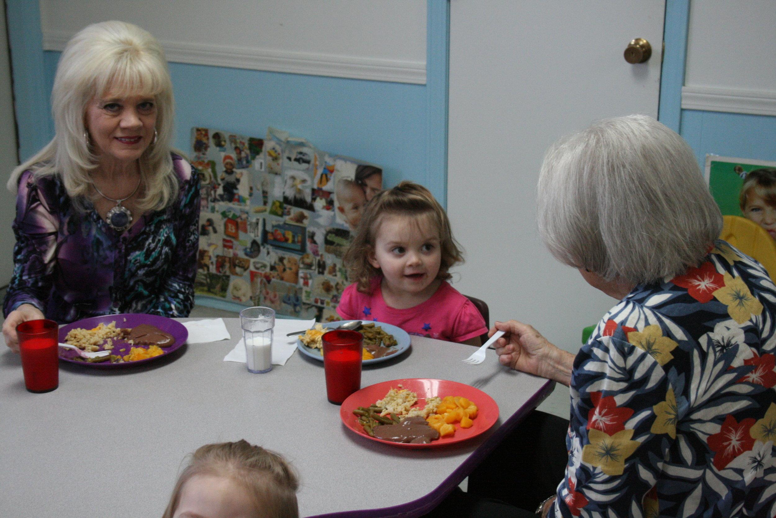 grandparents lunch 9-8-17 006.JPG