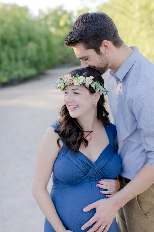Gilbert, AZ Maternity Session - Light & Airy Photographer