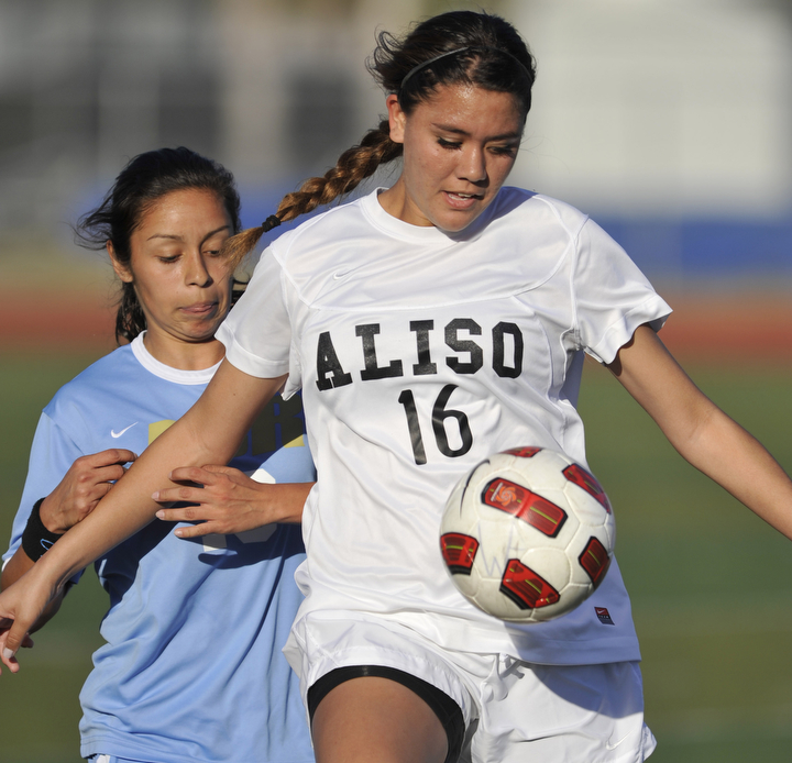 02.Aliso-Niguel-High-School-girls-soccer-regional-playoffs.jpg