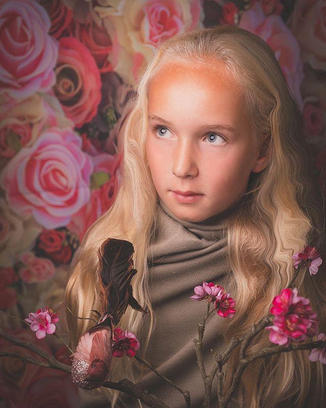 #portrait #portraitphotography #pinkroses #background