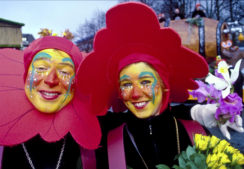 Flowered Couple Venlo