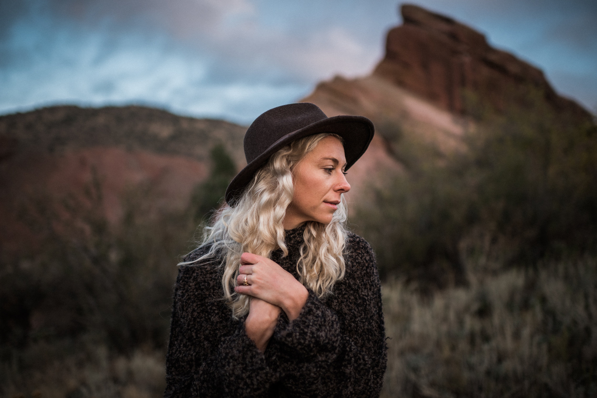 Kate_Sunrise_RedRocks_TaraShupe_DSC_4267.jpg