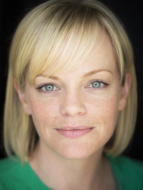 <b>Laura Hill</b>