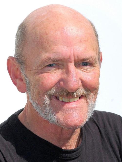 <b>Eddie Campbell</b>