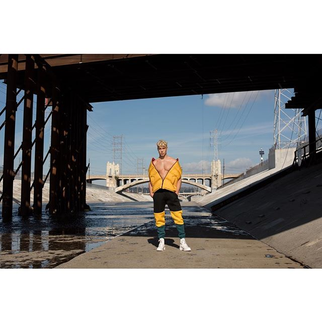 @derekchadwick serving an iconic look dressed in @burberry and @filausa by @rcolestevens @fgukmagazine print issue 6. Also featured with @mmscene online.  Grooming @keeocruz  Assisted by talented @messinaphotos . . . . . . . . #fashion #fashionmagazine #menstyle #editorial #mensfashion #mensunderwear #briefs #derekchadwick #supermodel #leather #burberry #malemodel #losangeles #abs #fashionphotography #mmscene #abs #fitness #physique #malefigure #fila