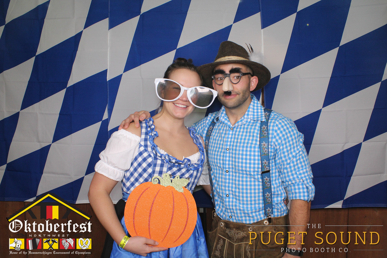 Oktoberfest NW - Sunday_2200-X2.jpg