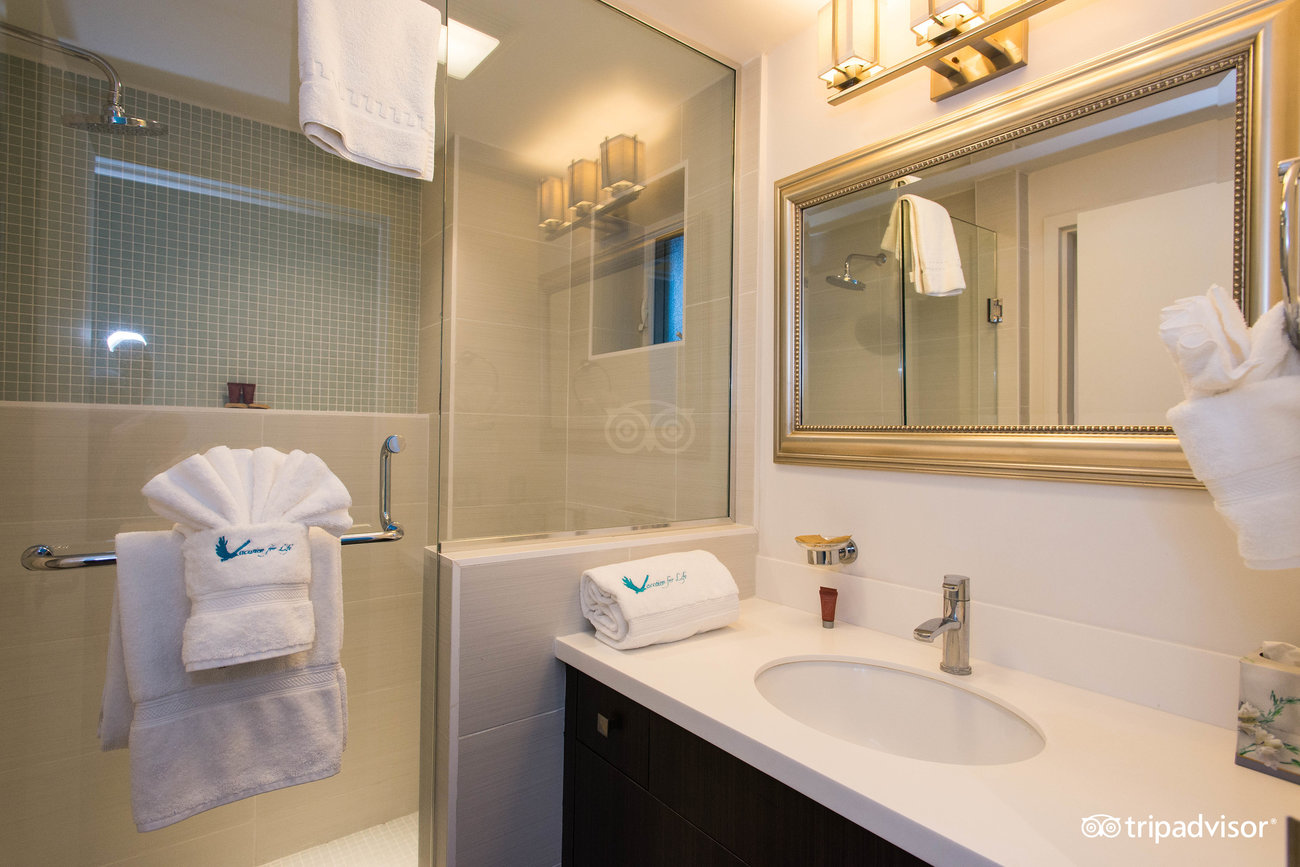 two-bedroom--v12737865.jpg