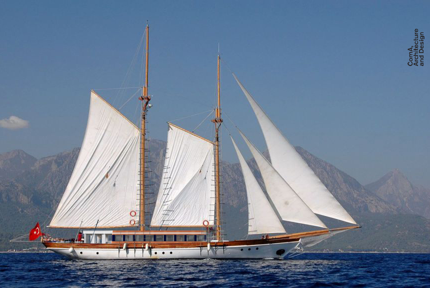 Alex-J Boat_Sea_Final_Cam_001b_COMA.jpg
