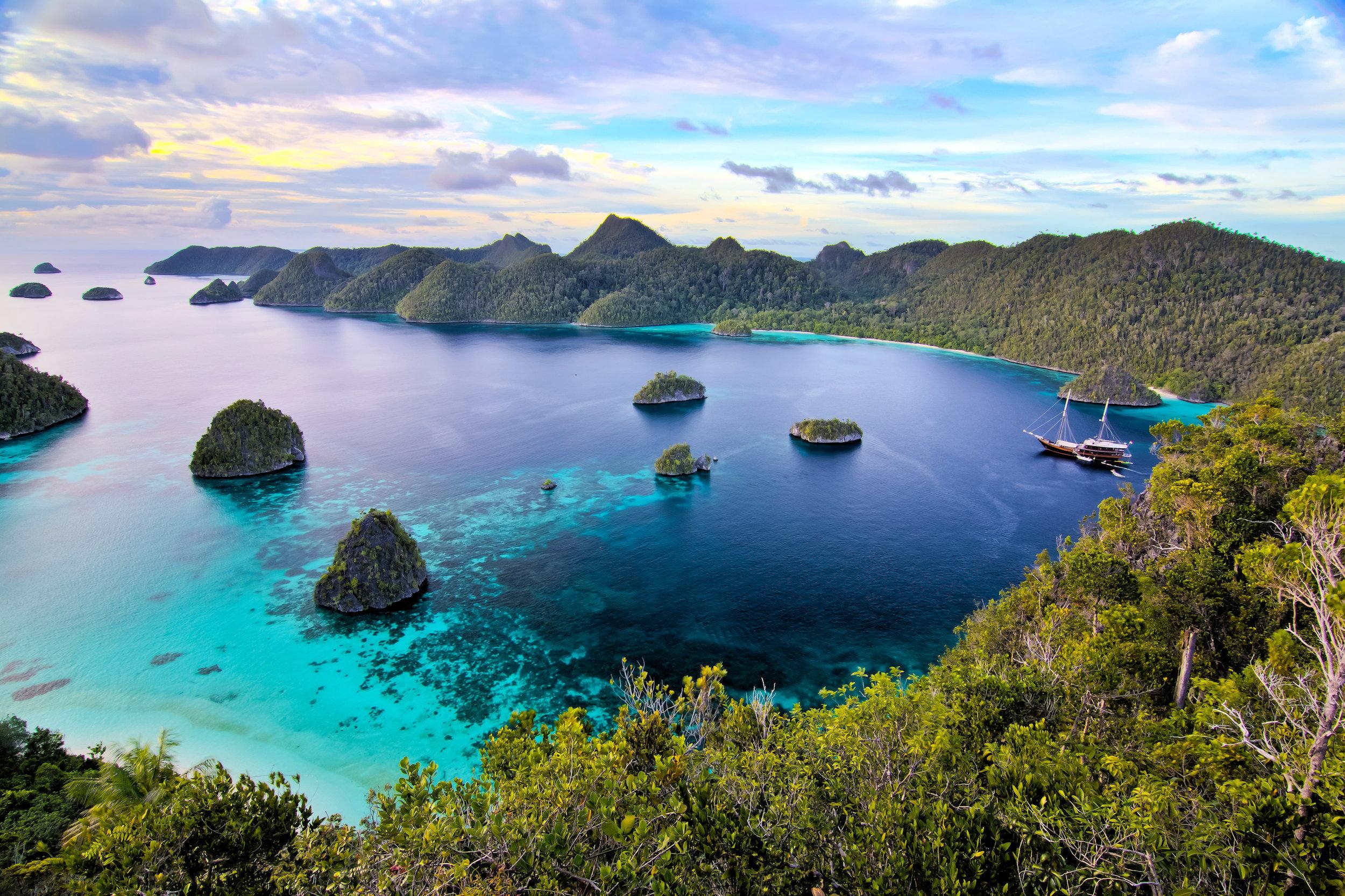 Ultimate Indonesian Yachts   Spellbinding Beauty of Indonesia   INDONESIA